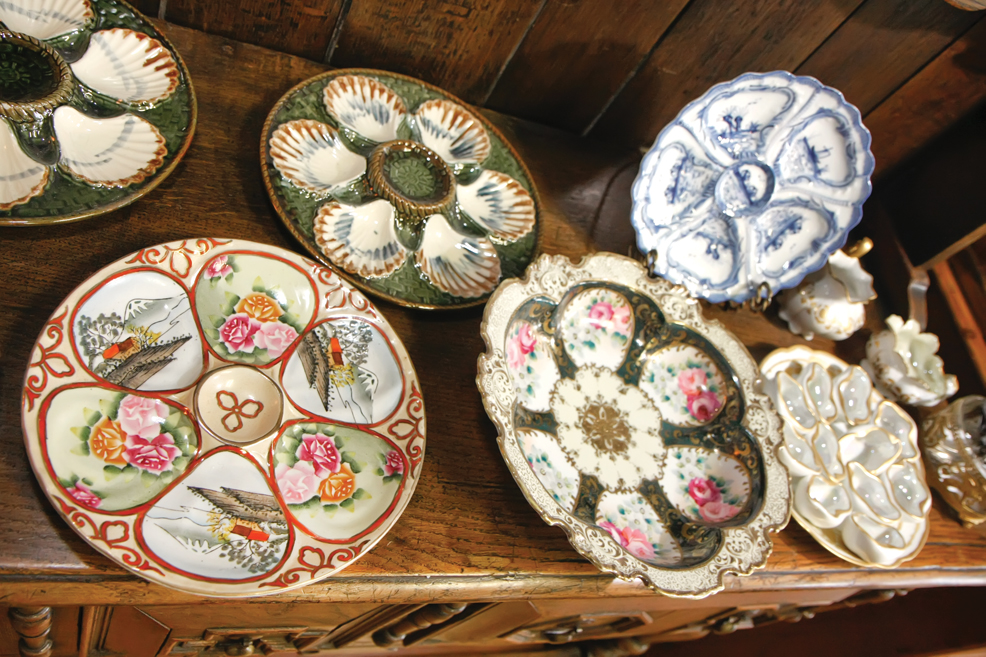 There ... & Antique Oyster Plates: Collecting Pearls for your China Cabinet ...