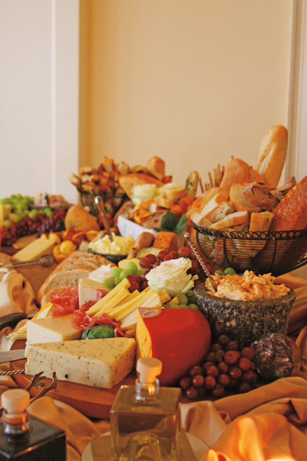 Catering Begins At Home: Want to Throw a Party? Make it Easy by Hiring a Caterer
